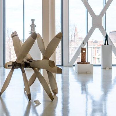 Piano 1, Veduta della sala della scultura con opere di: G. Guidi, J. Ogata, , S. Zanni