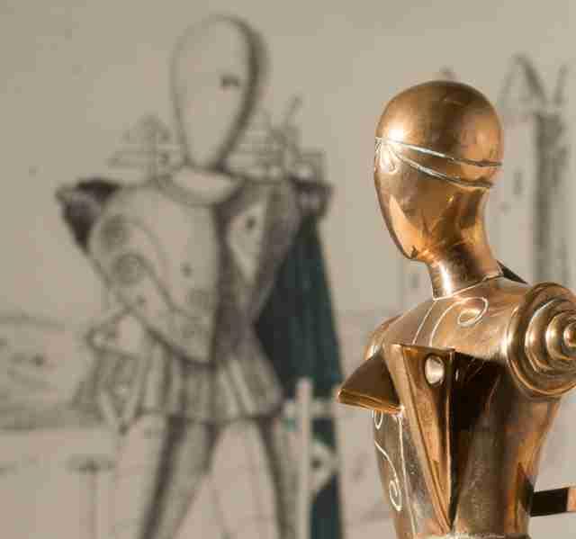 Giorgio de Chirico_il Trovatore_bronzo lucidato_h cm 51_tratto da gesso originale del 1970 es V_VII_particolare